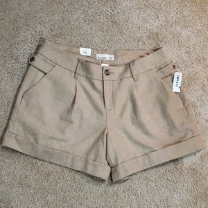 NWT! Old Navy pleated shorts
